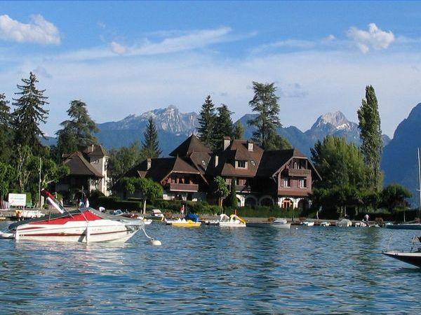 6a00df351f22c2883300e551792f128833-800wi Trip Tips: Talloires - Lac d' Anecy - França